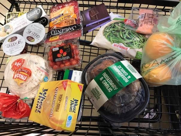 laura-salazar-groceries